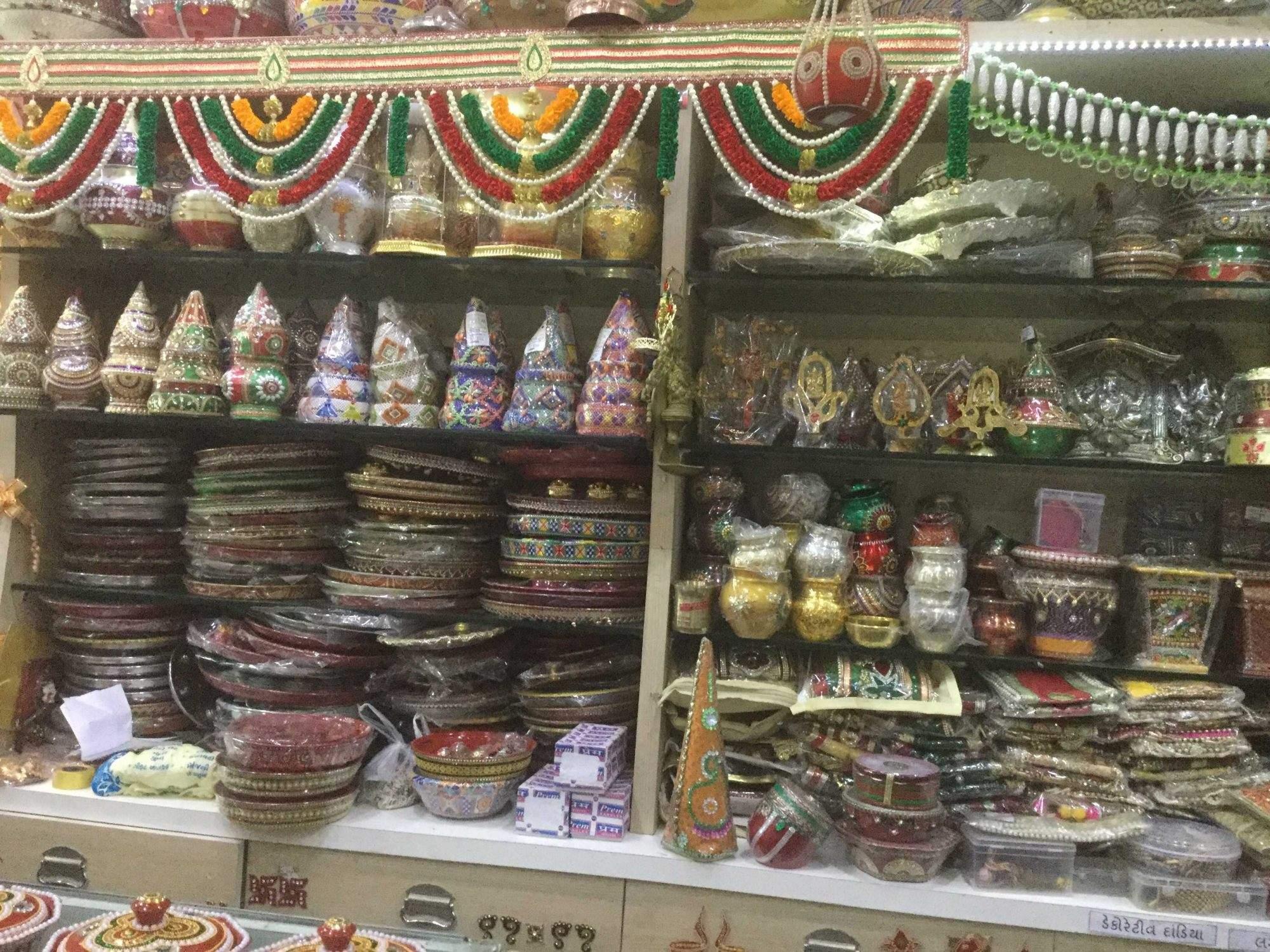 Top 20 Handicraft Item Manufacturers In Satellite Best Handmade