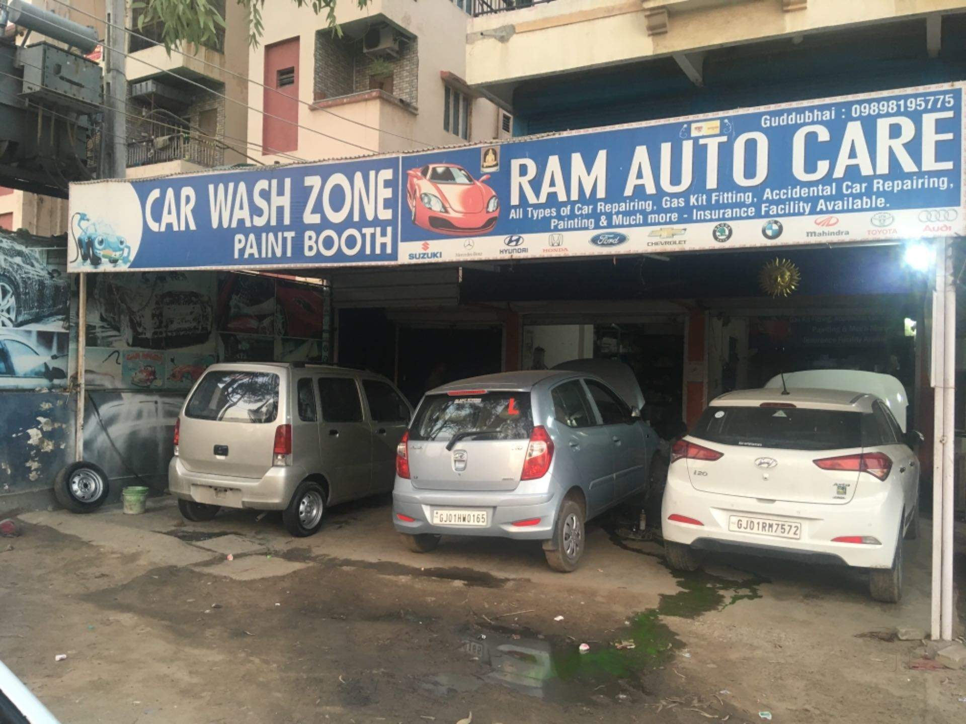 Top 30 Car Washing Services in Chandkheda - Best Car Cleaning