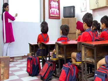 Top 10 English Medium Schools in Kirti Nagar - Best Schools For