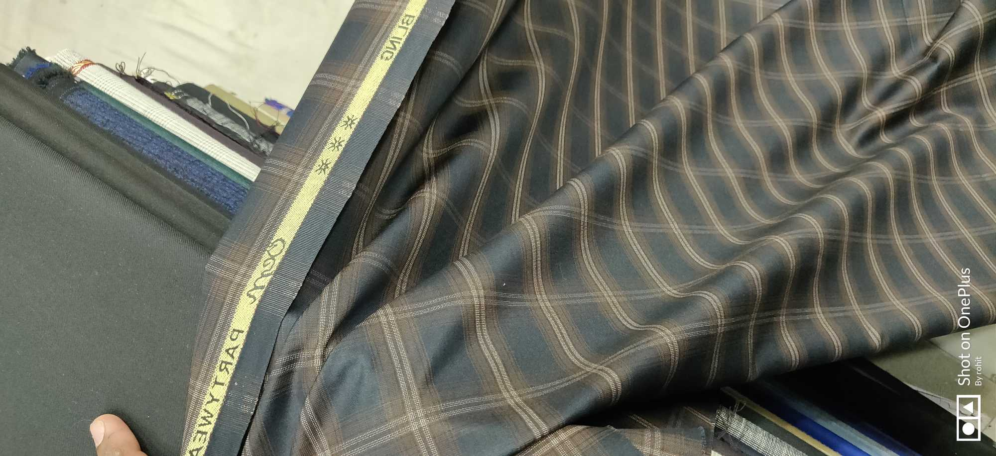 Top Lining Fabric Wholesalers in Hari Singh Park-New Multan