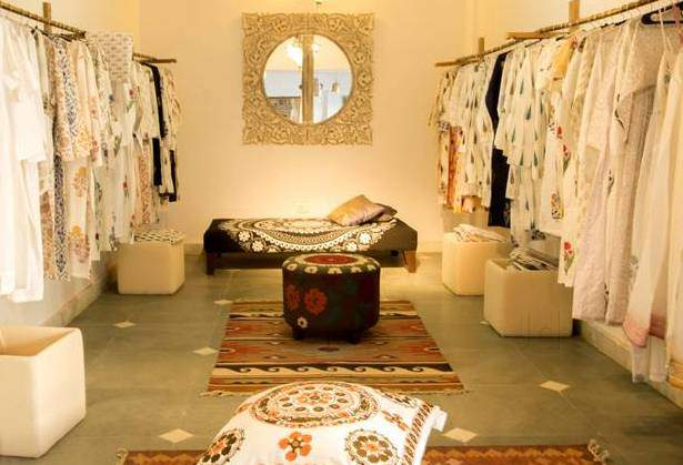 ... Clothes View   Serendipity Photos, Jaunapur, Delhi   Home Decor Dealers  ...
