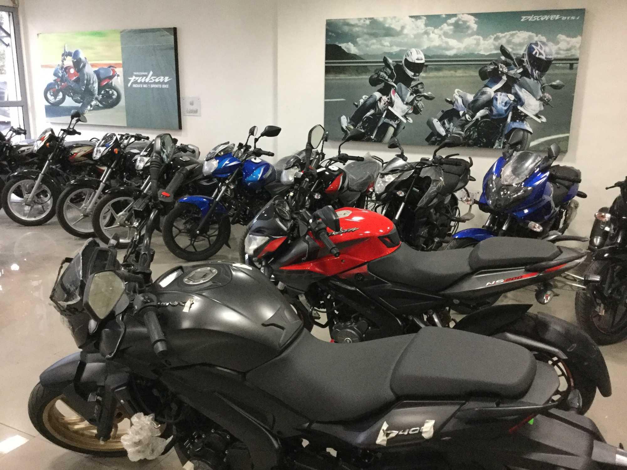 Top Yamaha Motorcycle Showrooms in Laxmi Nagar, Delhi