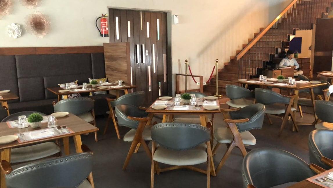 Pure Veg Restaurants Near Itc Rajputana Hotel Station Road