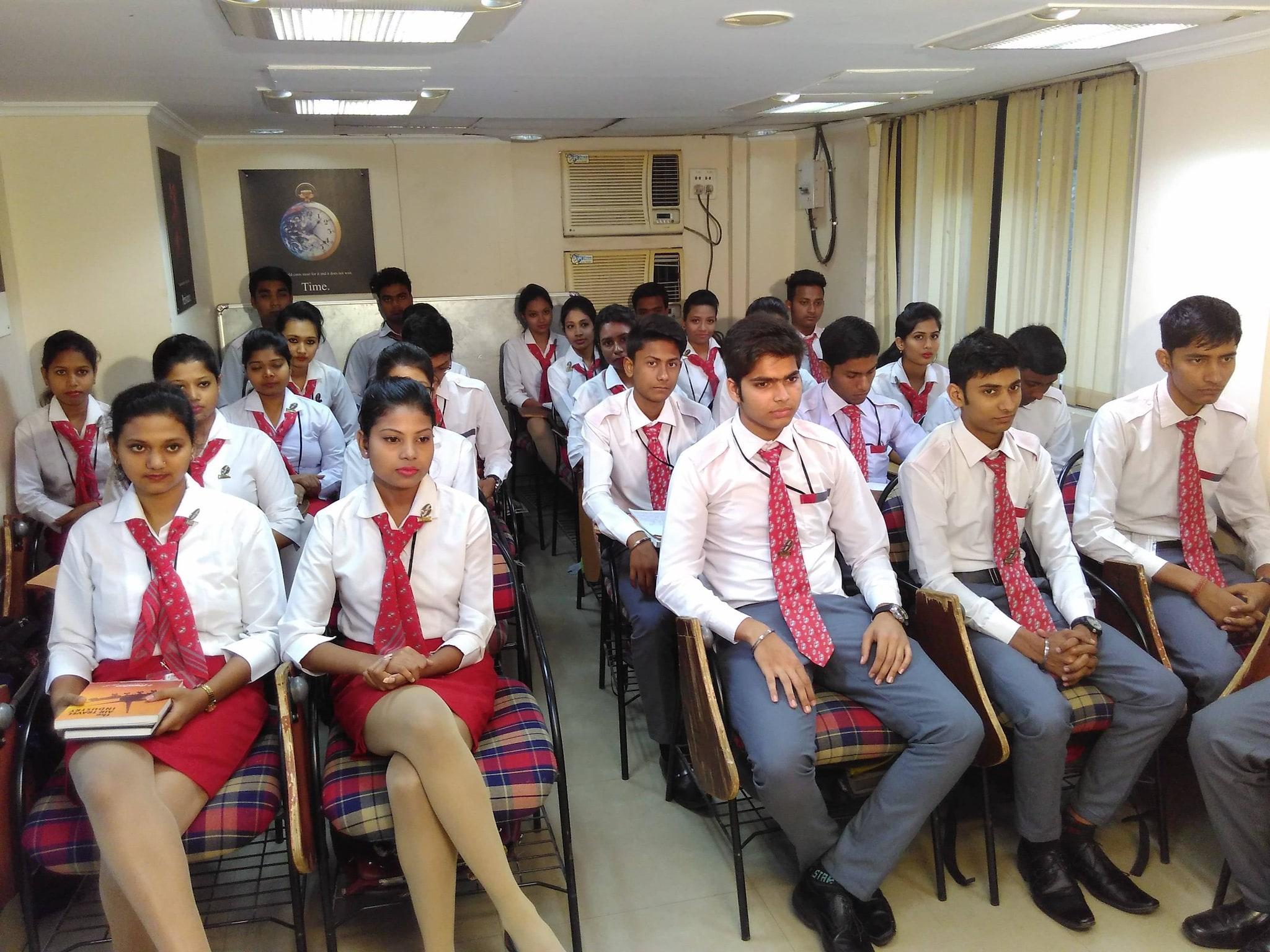 Top 50 Air Hostess Training Institutes in Kolkata - Best Air