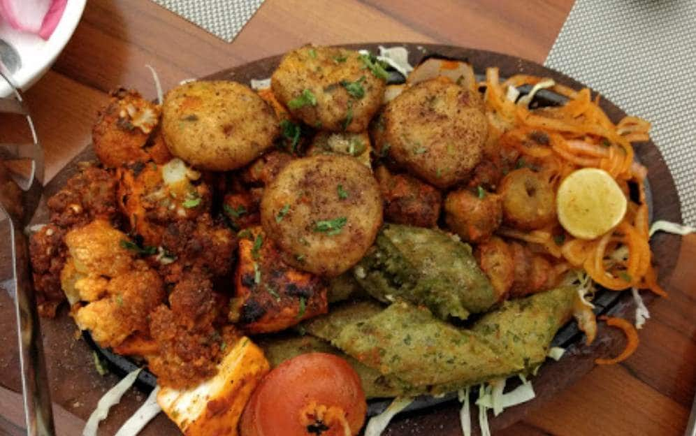 Top Restaurants In Kapoorthala Road Kapoorthala Serving