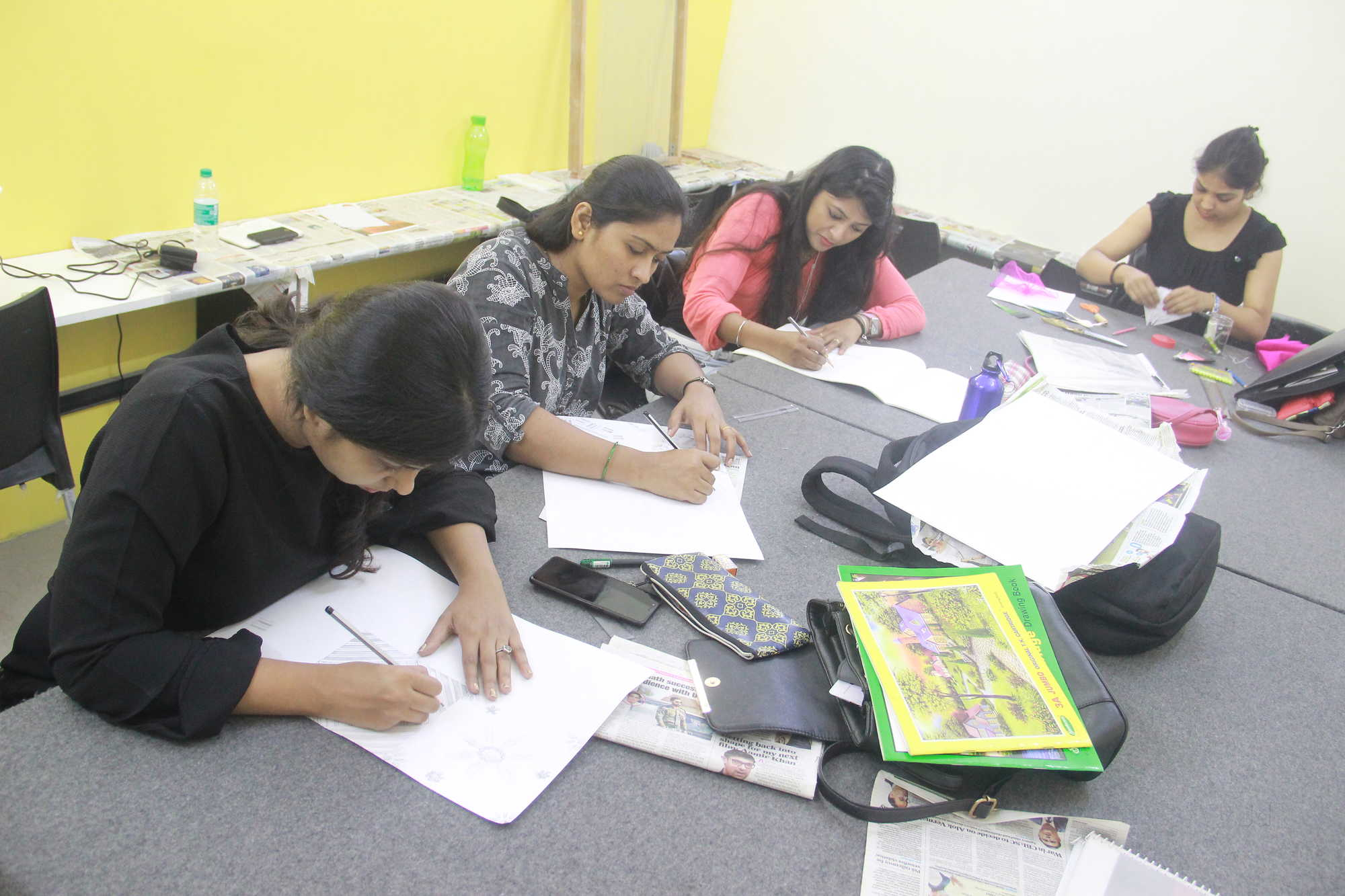Top 20 Institutes For Diploma In Fashion Designing Computer Aided In Mandala Mankhurd Best Fashion Cad Diploma Courses Justdial