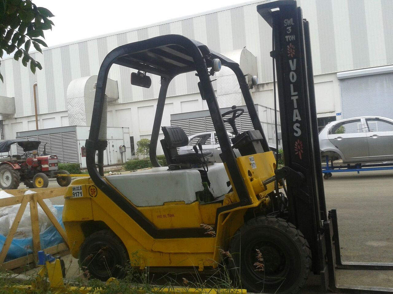 Top 10 Forklifts On Hire in Ernakulam - Best Forklifts On Rent