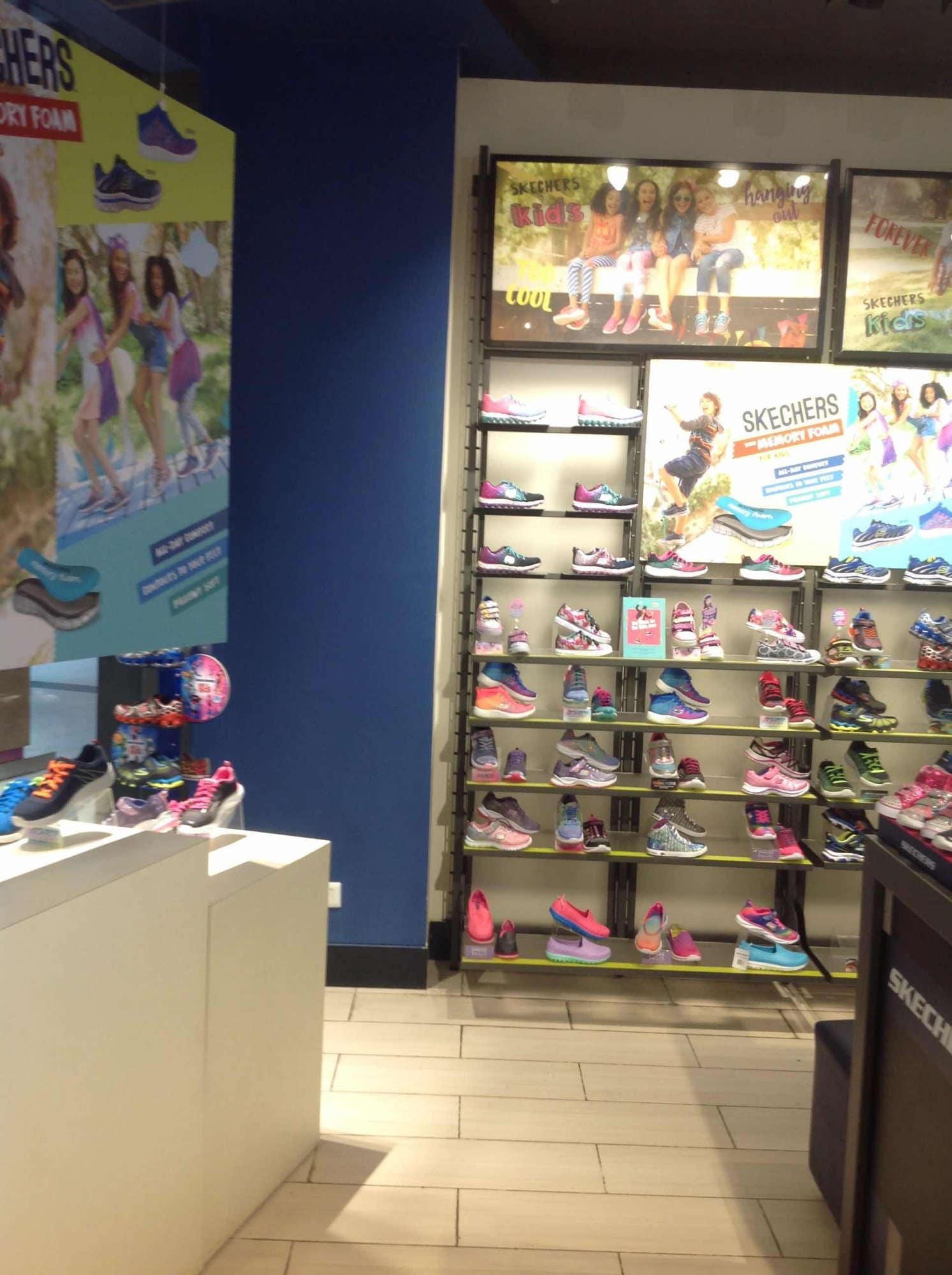 skechers shoes showroom in delhi
