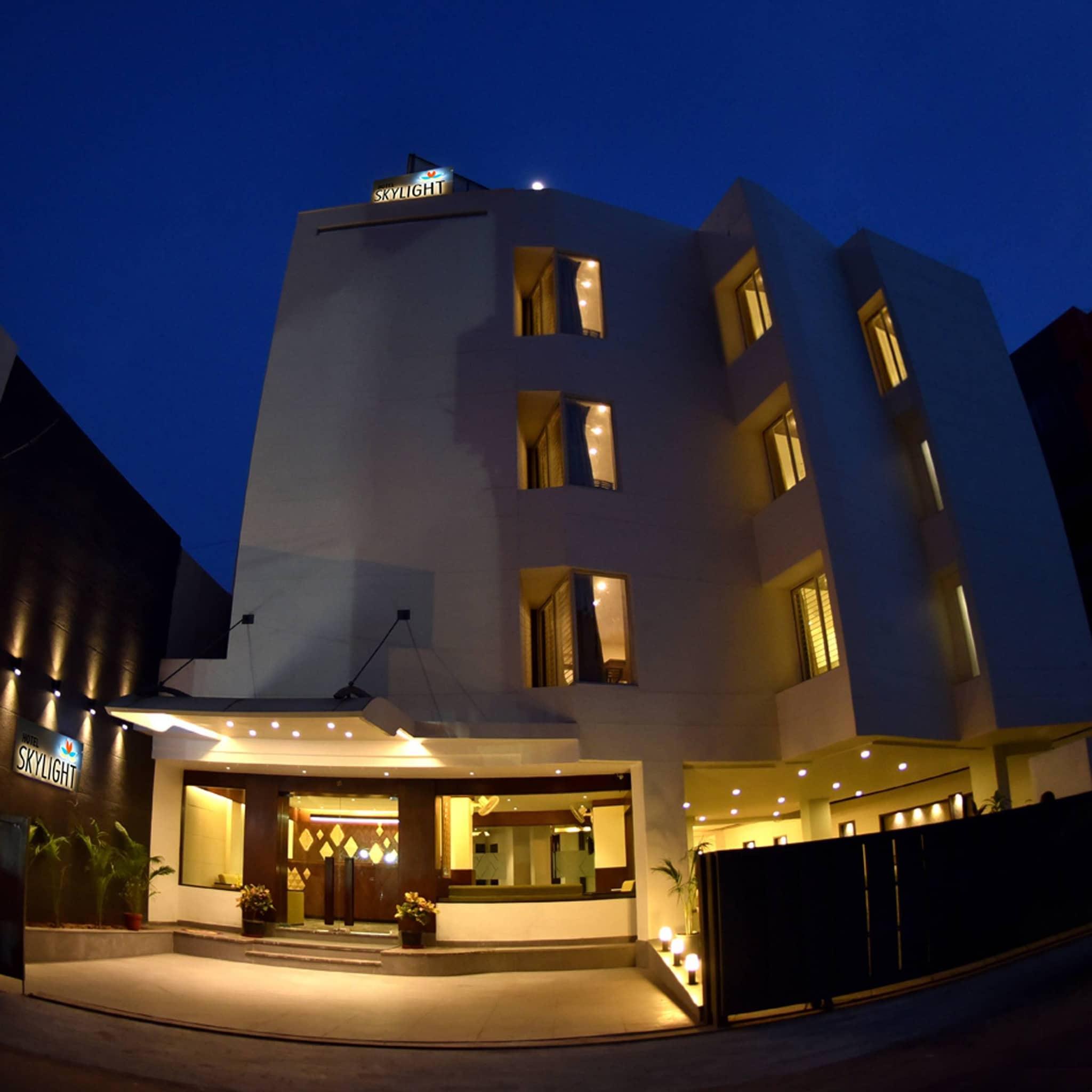 Hotel Skylight In Alkapuri Vadodara Rates Room Booking Justdial