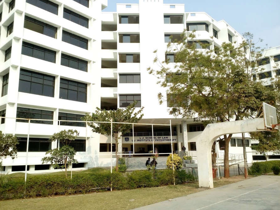 College Of Dental Science and Research Centre, Ghuma - Dentists in  Ahmedabad - Justdial