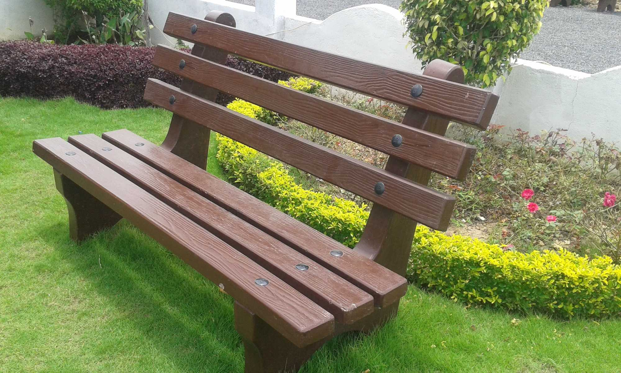Picture of: Top Stone Garden Bench Manufacturers In Chandlodiya Ahmedabad स ट न ग र डन ब च मन फक चरर स अहमद ब द Justdial
