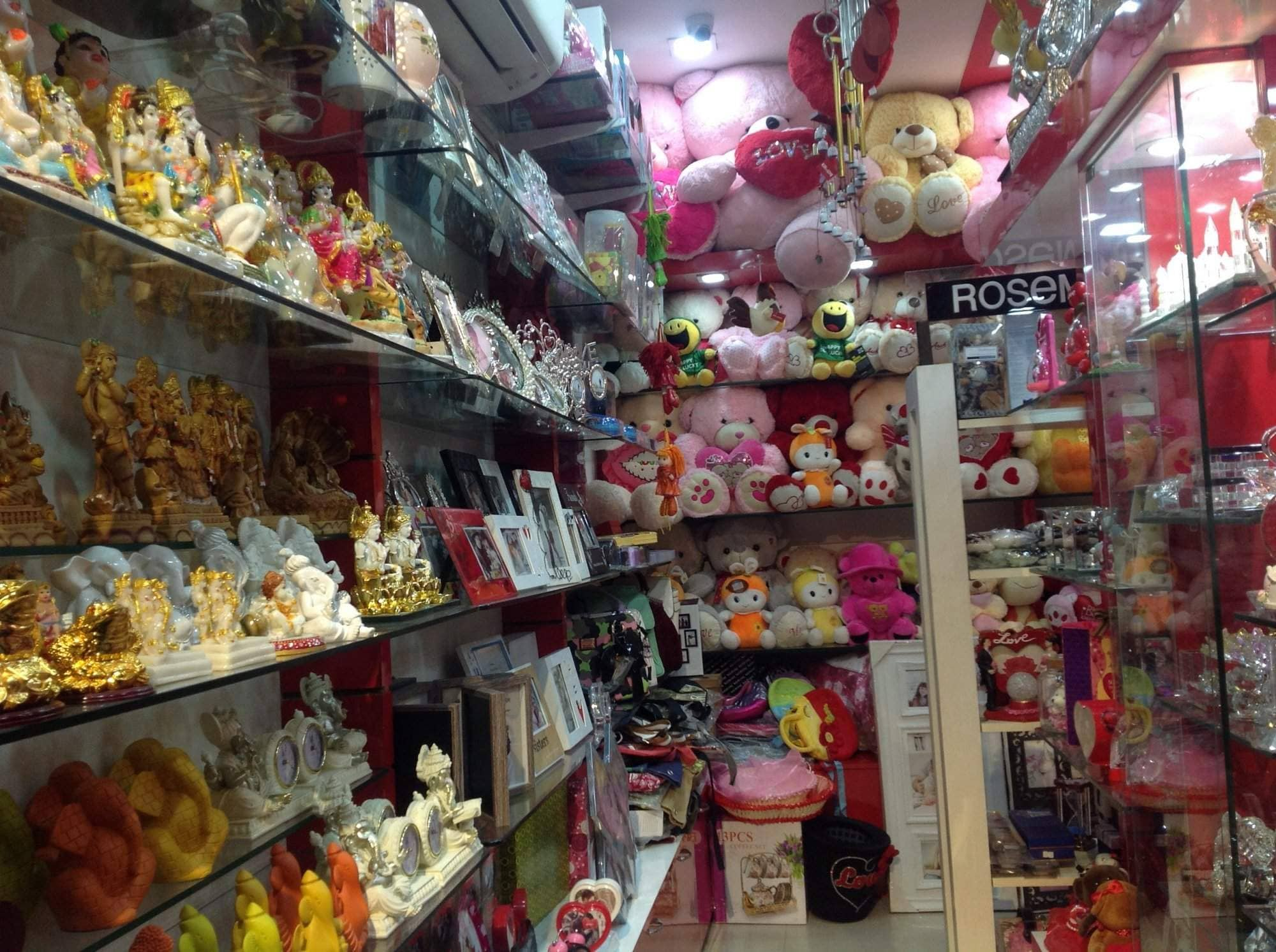 Top Corporate Gift Wholesalers in Amritsar - Best Gift
