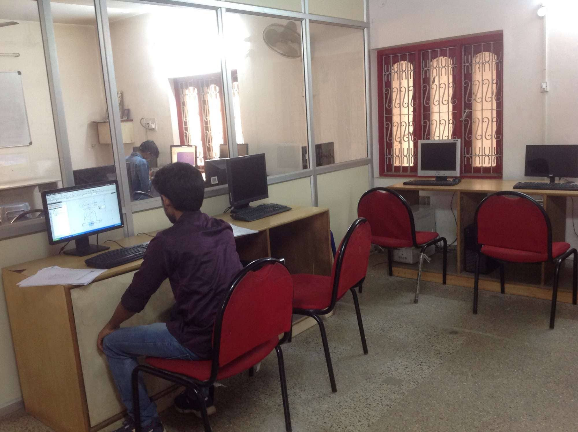 Top Computer Training Institutes For Mastercam in Rajajinagar