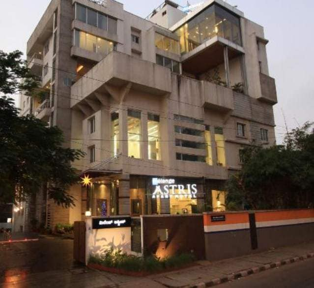 Top 5 Star Hotels in Bangalore - Best 5 Star Hotels Nearby
