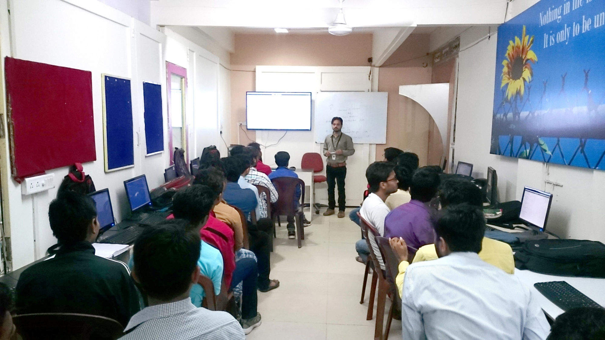 Top 100 Computer Classes in Bhopal - Best Computer Training