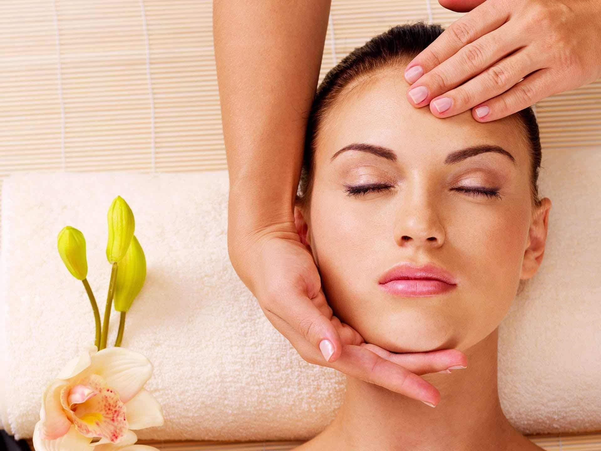 Body Massage Centres Bansal Hospital-Shahapura, Bhopal