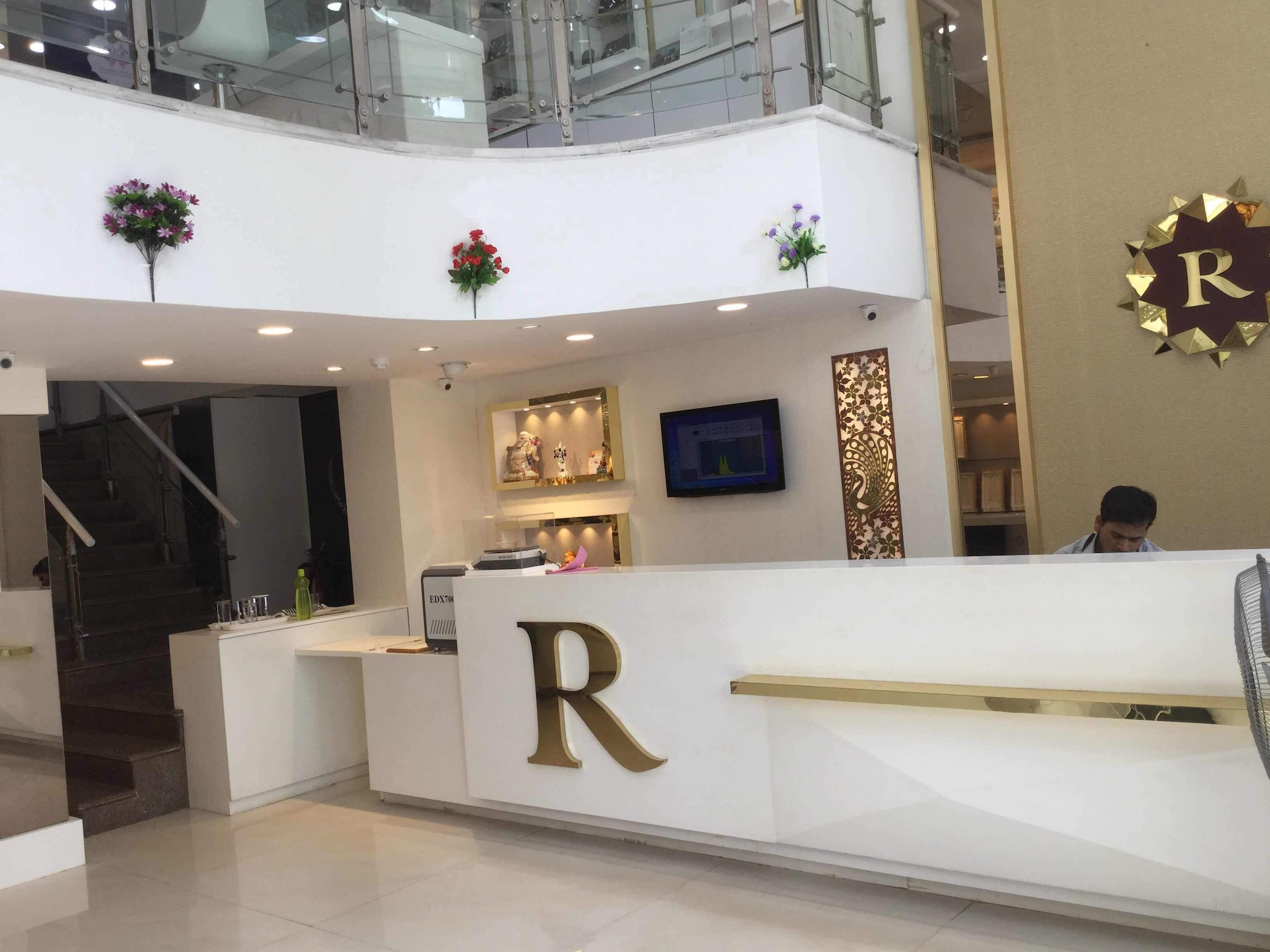 Jewellery Shop Interior Design Ideas S Shop Interior Design Jewellery Showrooms Bhubaneshwar