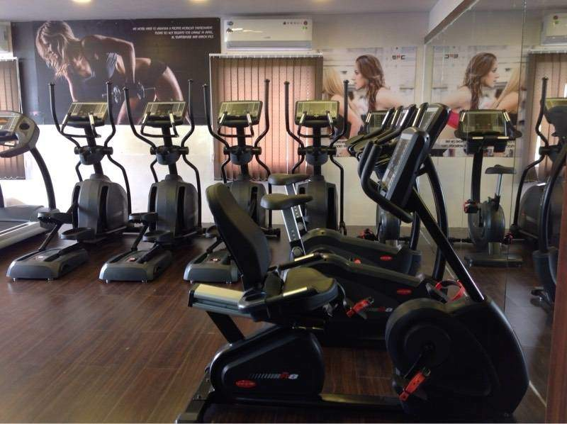 Top gyms in sahid nagar best body building fitness centres