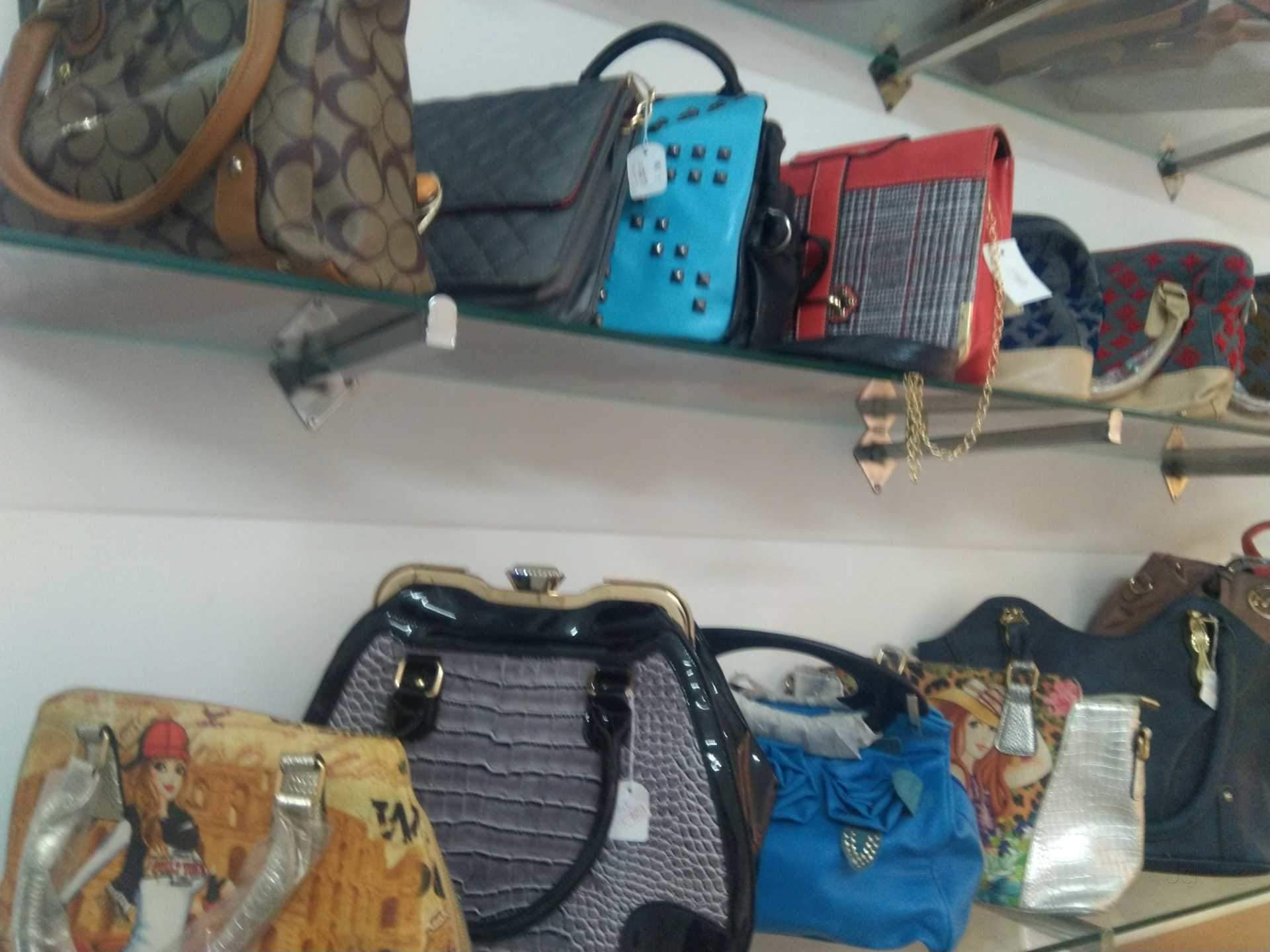 c00e2558c6353 Top 100 Women Bag Wholesalers in Sadar Bazar - Best Ladies Purse ...
