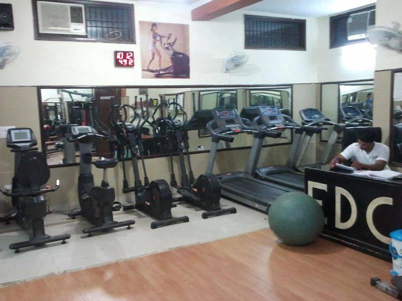 Maniacs Gym Fitness Center