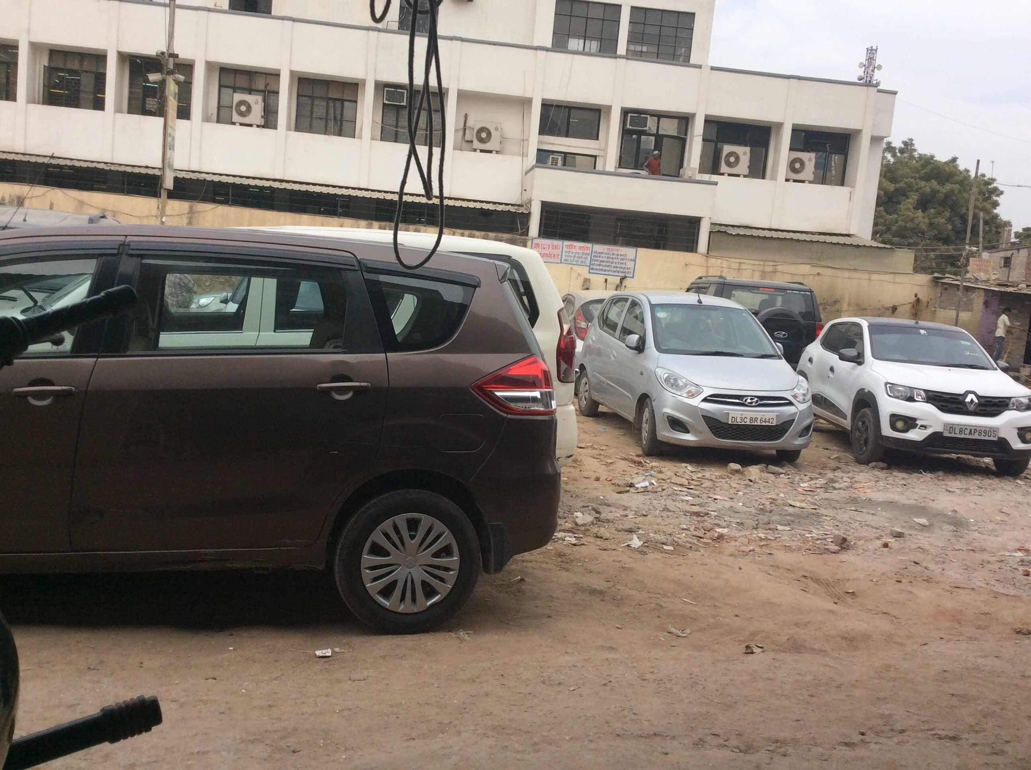 Top 100 Chevrolet Tavera Car Hire In Delhi Best Chevrolet Tavera