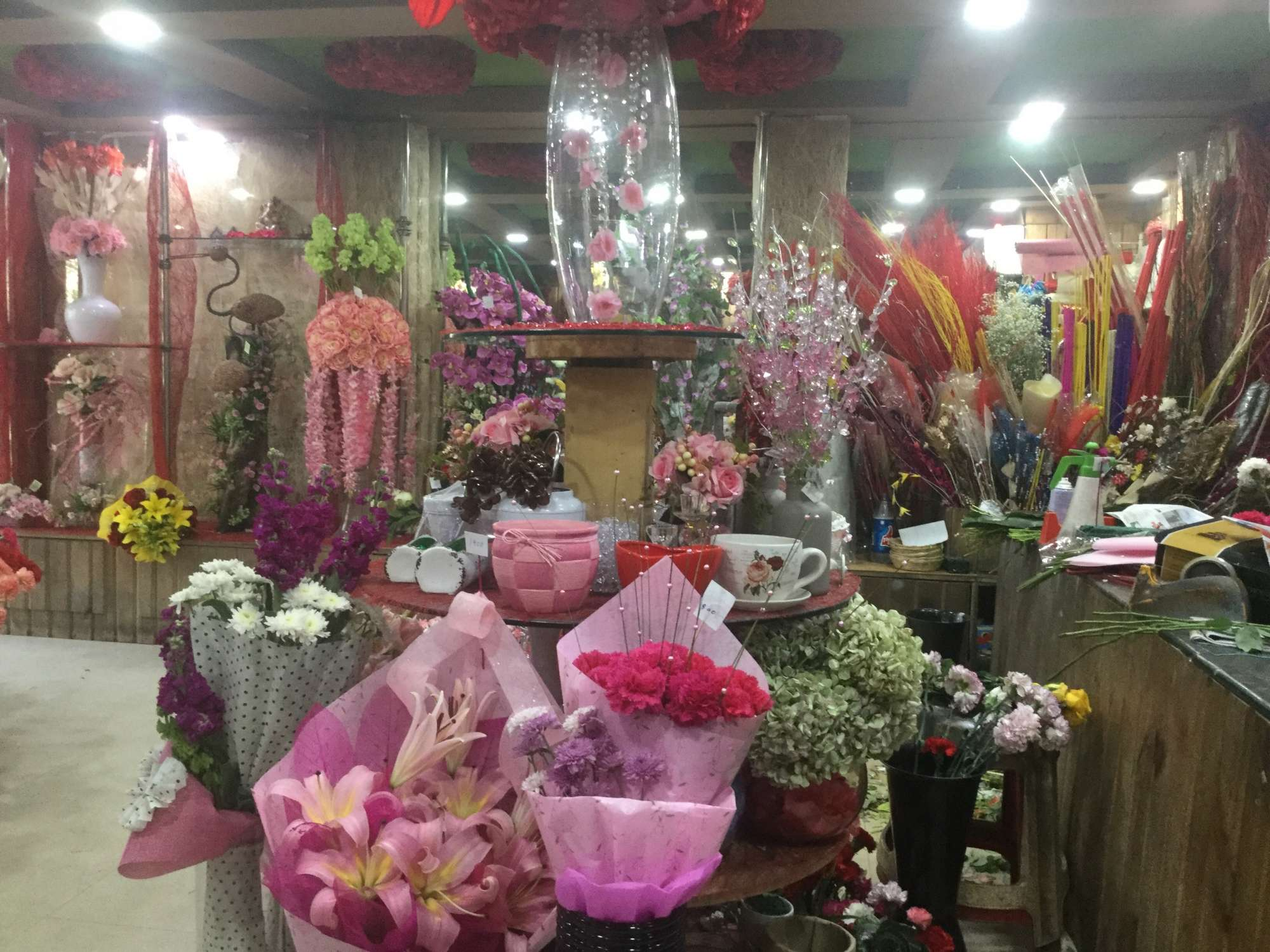 Top 30 Florists For Wedding Decoration In New Friends Colony Best