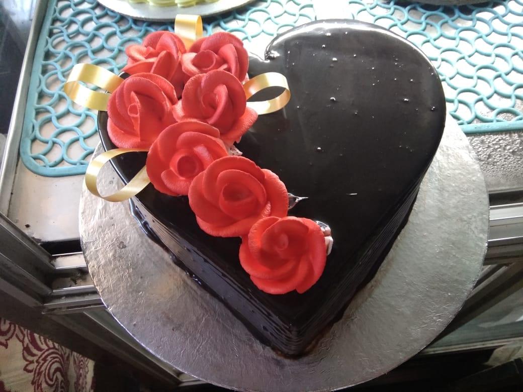 Birthday Cake Retailers In Mahindra Park Delhi