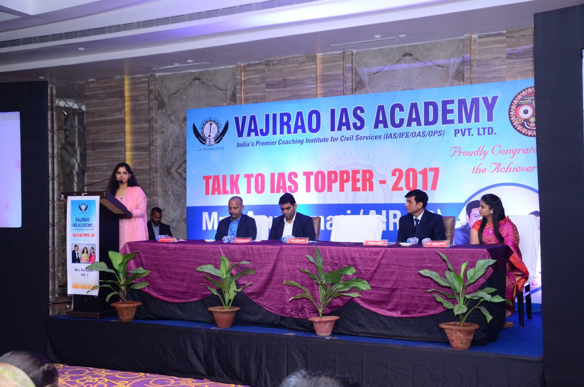 Raj malhotra's ias study group, sector 25 upsc tutorials in.