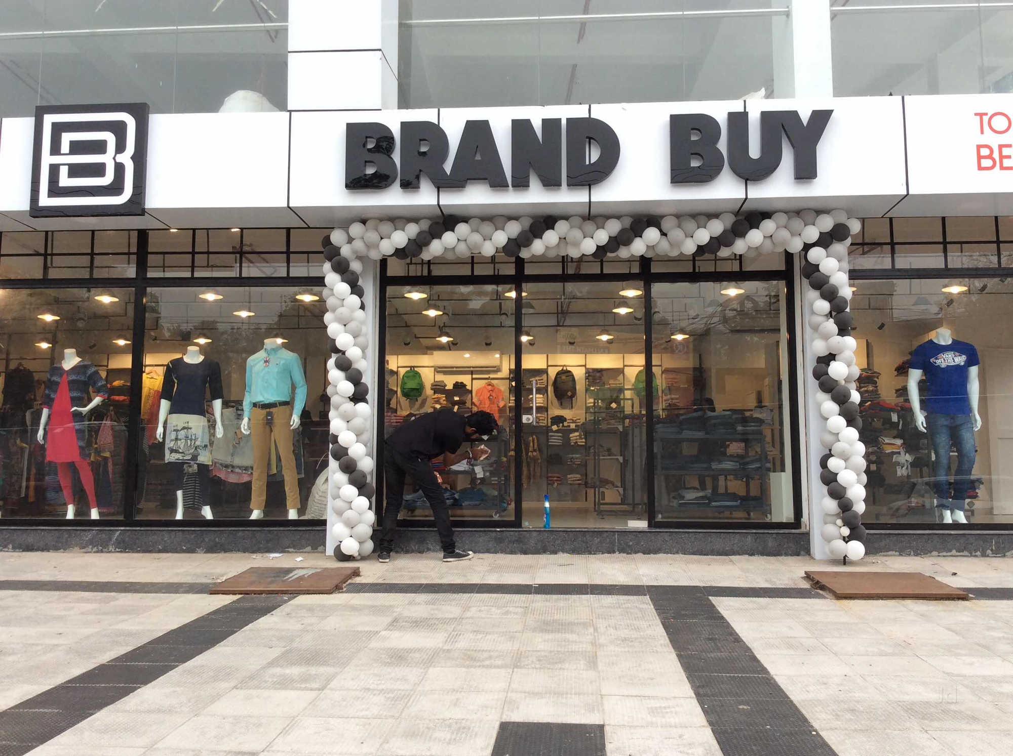 Top 20 Branded Export Surplus Garment Retailers in Ernakulam - Justdial