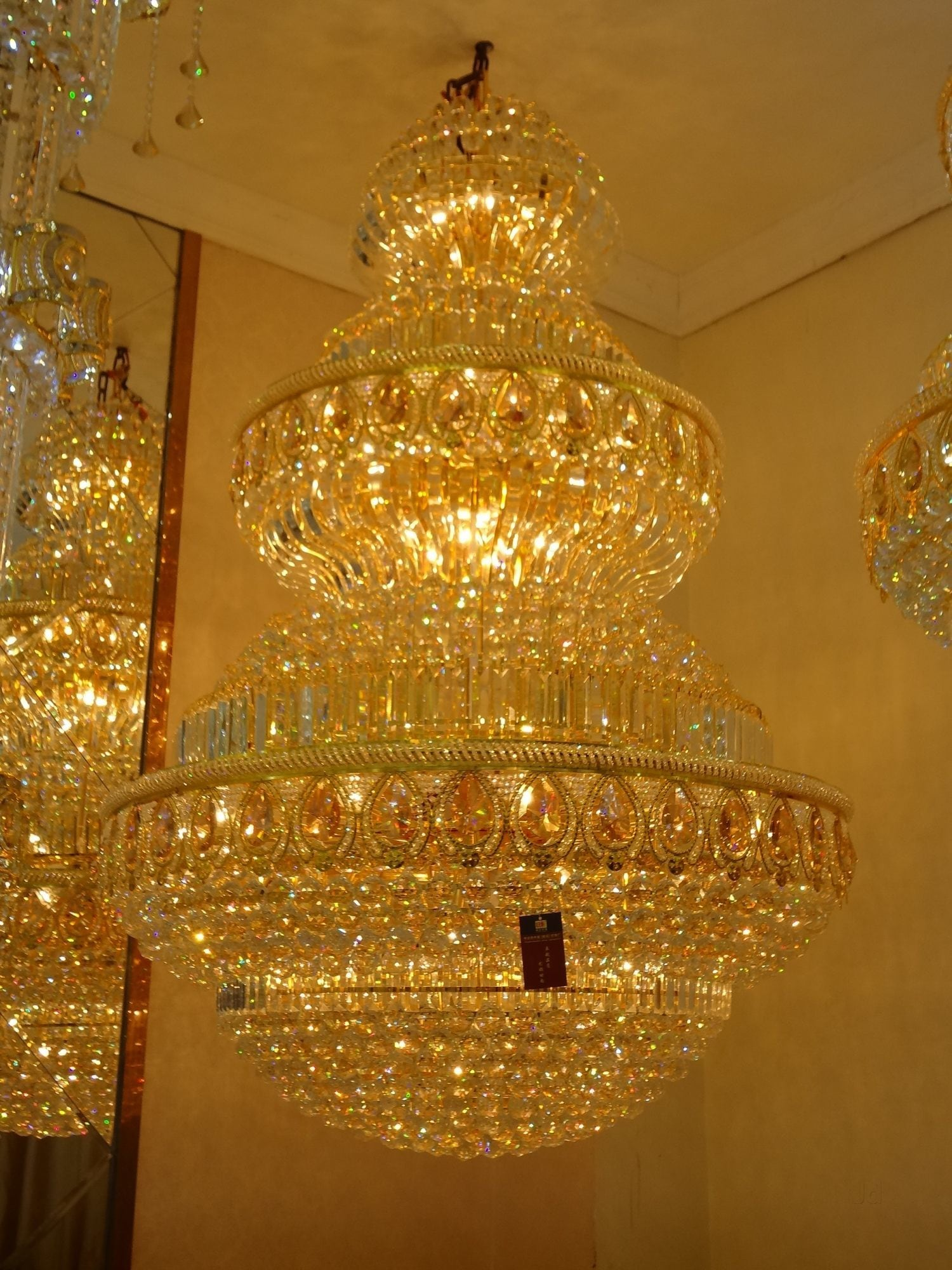 Chandelier light dealers firozabad