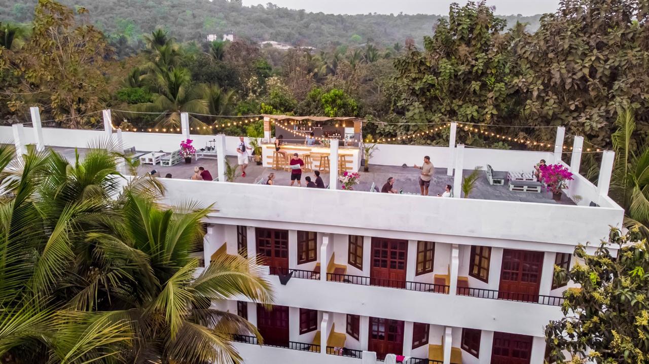 Hookah Smoking Restaurants in Goa - Shisha Smoking