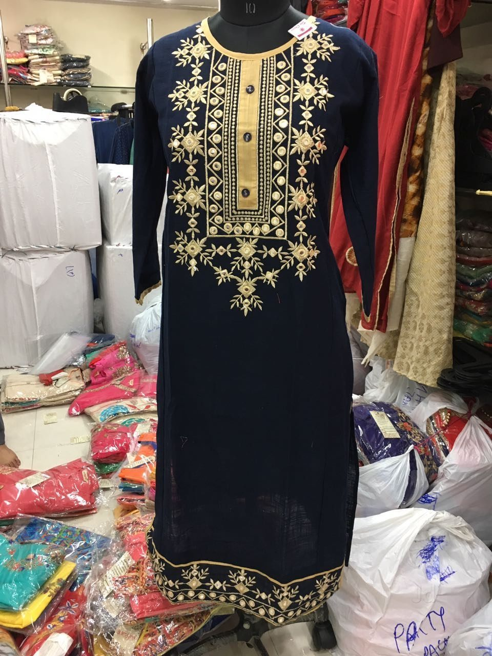Top 8 Embroidery Job Works On Saree In Sindhi Camp Best Embroidery