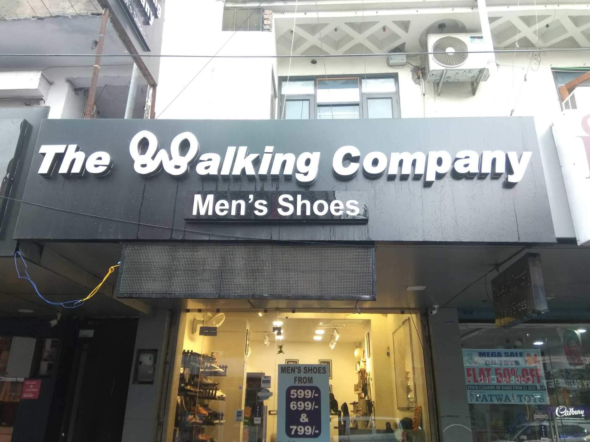 walking company warehouse sale 2019