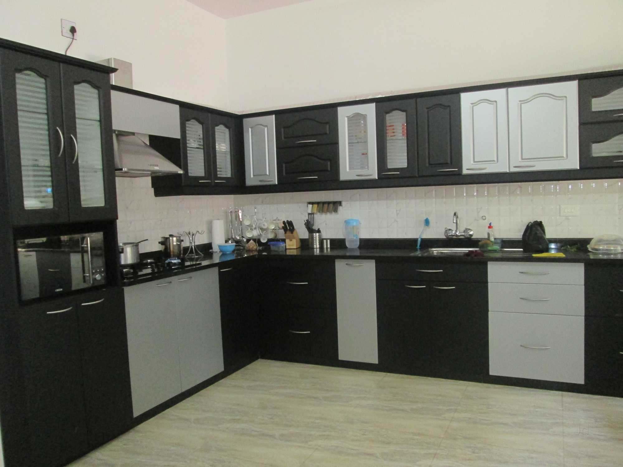 Sleek Modular Kitchen Dealers In Mangalore