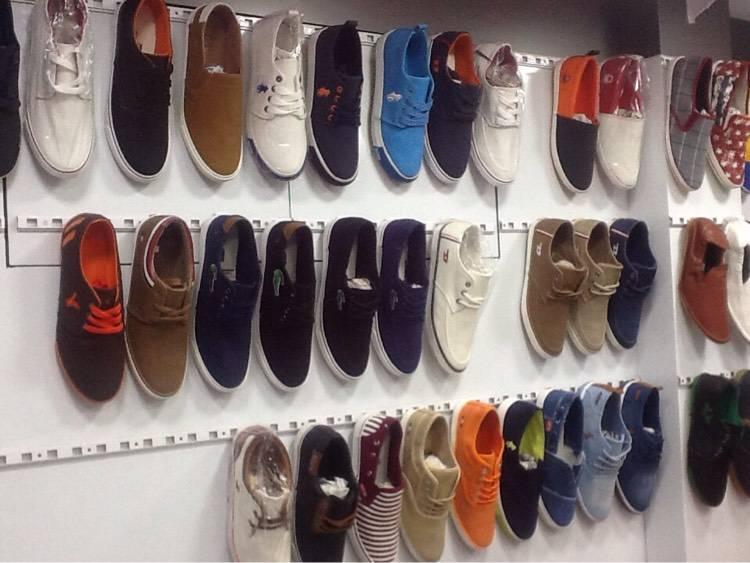 Top 10 Shoe Importers in Dongri - Best Footwear Importers Mumbai