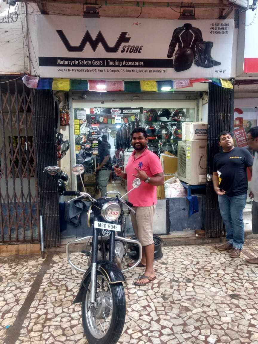 Top 10 Motorcycle Riding Gear Dealers in Bandra West - Best Riding