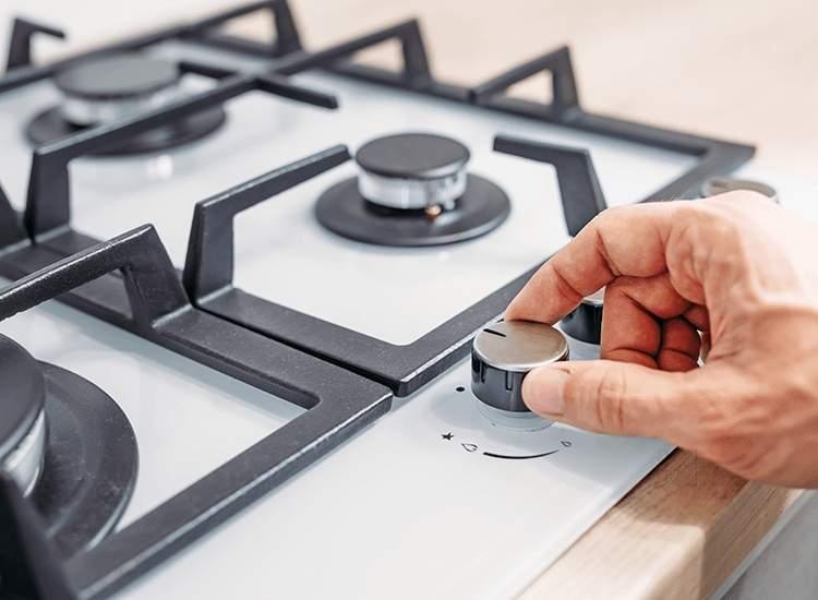 Не зажигается газовая плита от электророзжига