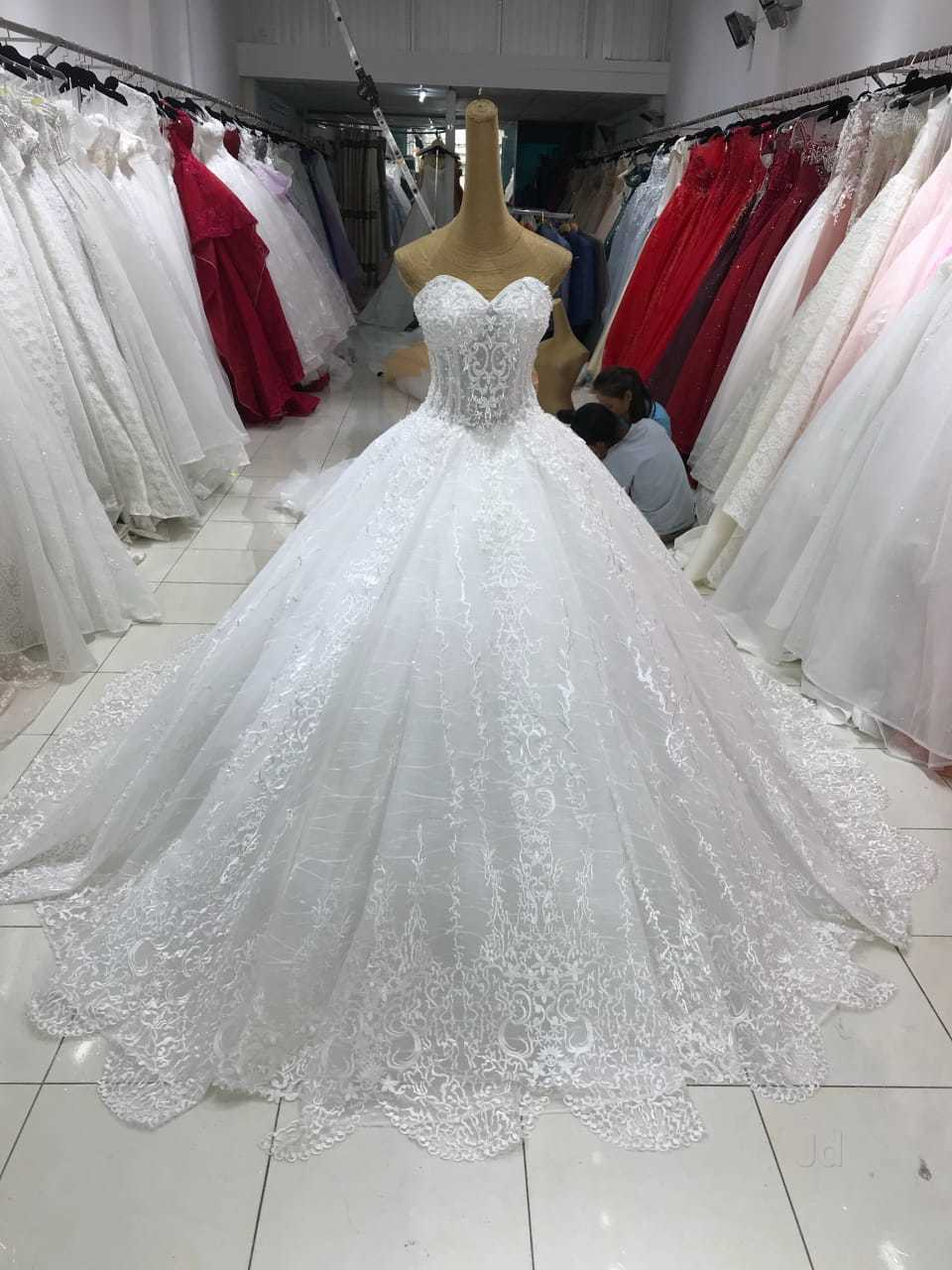 3bf842dfa09 White Wedding Gowns Shops In Mumbai - Gomes Weine AG