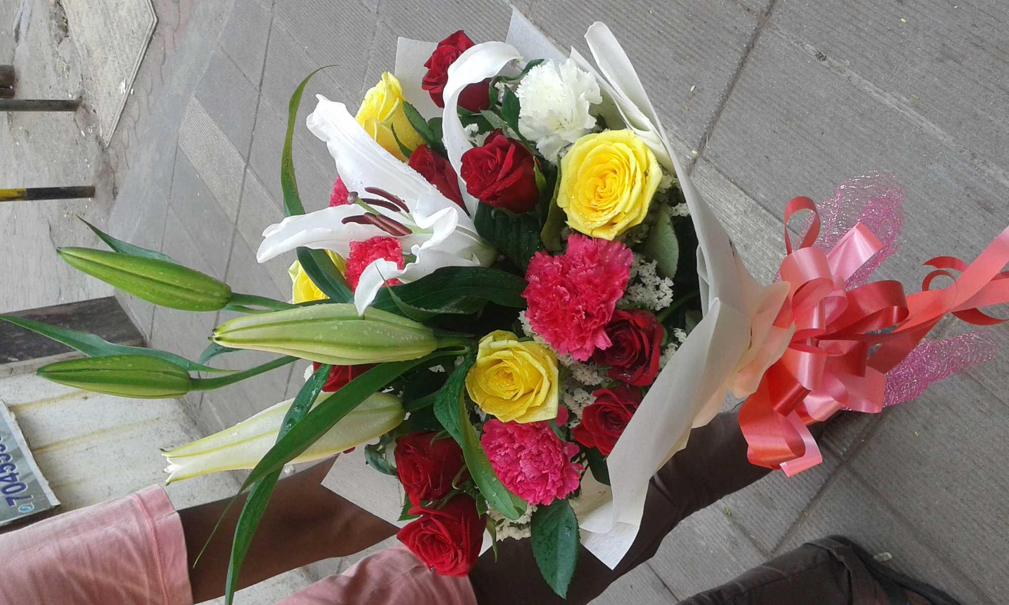 Florists in malad west mumbai flower shop justdial florists malad west mumbai visiting a florist izmirmasajfo
