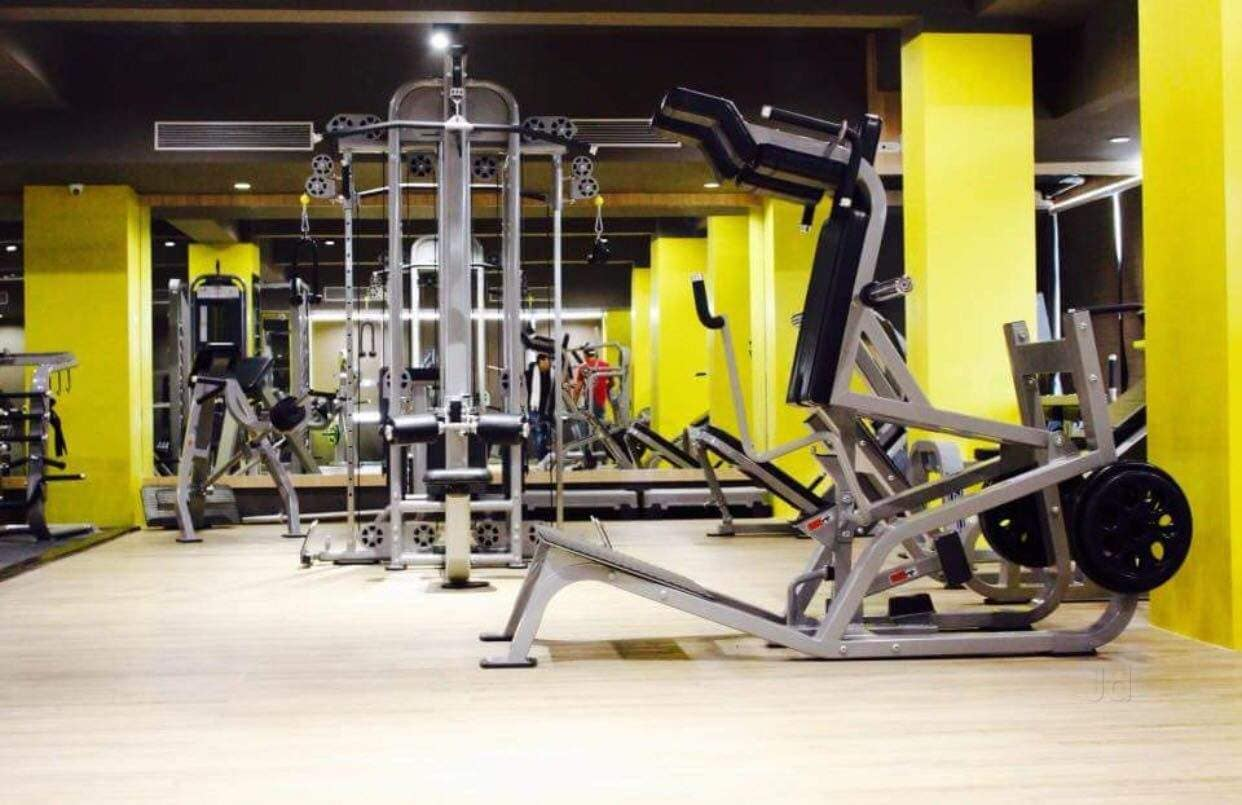 Top gyms in central avenue road best body building fitness