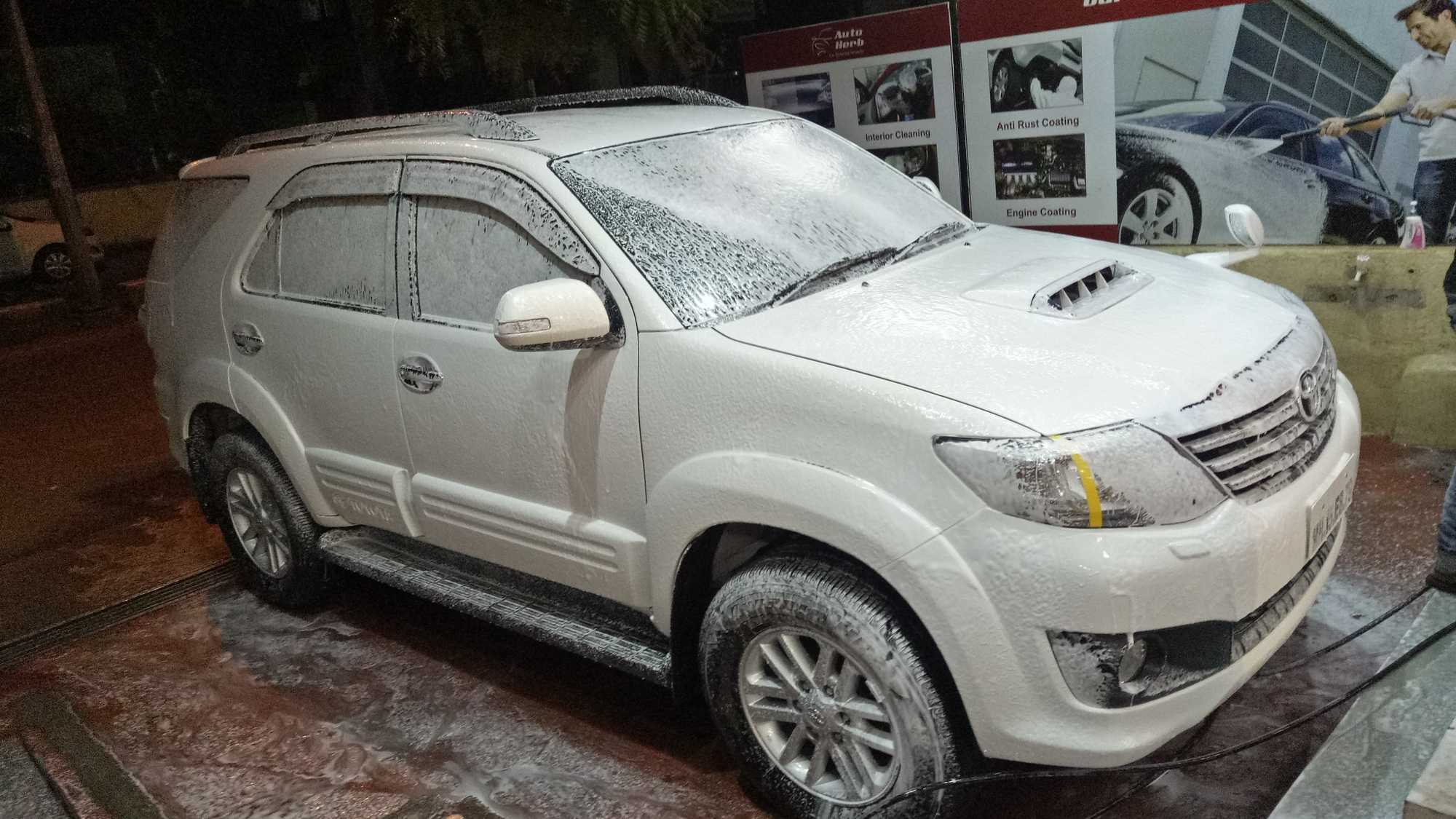 Car Cleaning Services In Nashik