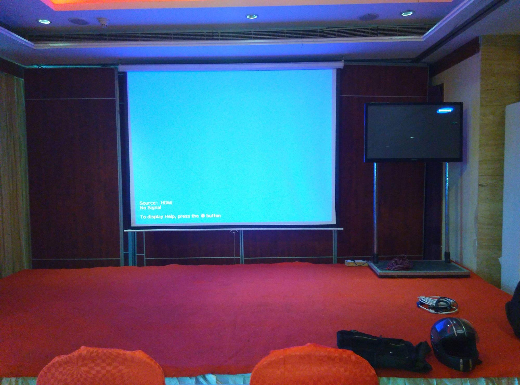 Top 100 Projector Screen Rental in Noida, Delhi - Best Projector