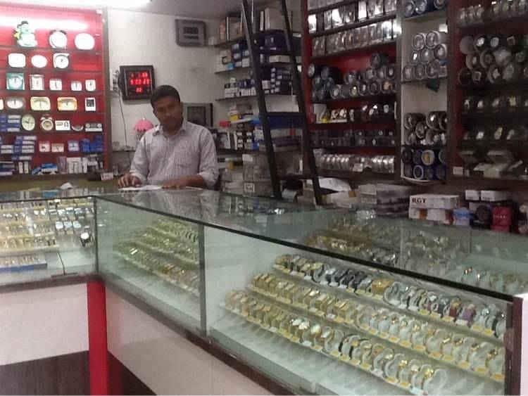 Shraddha Watch Centre, Sangola - Wrist Watch Dealers in