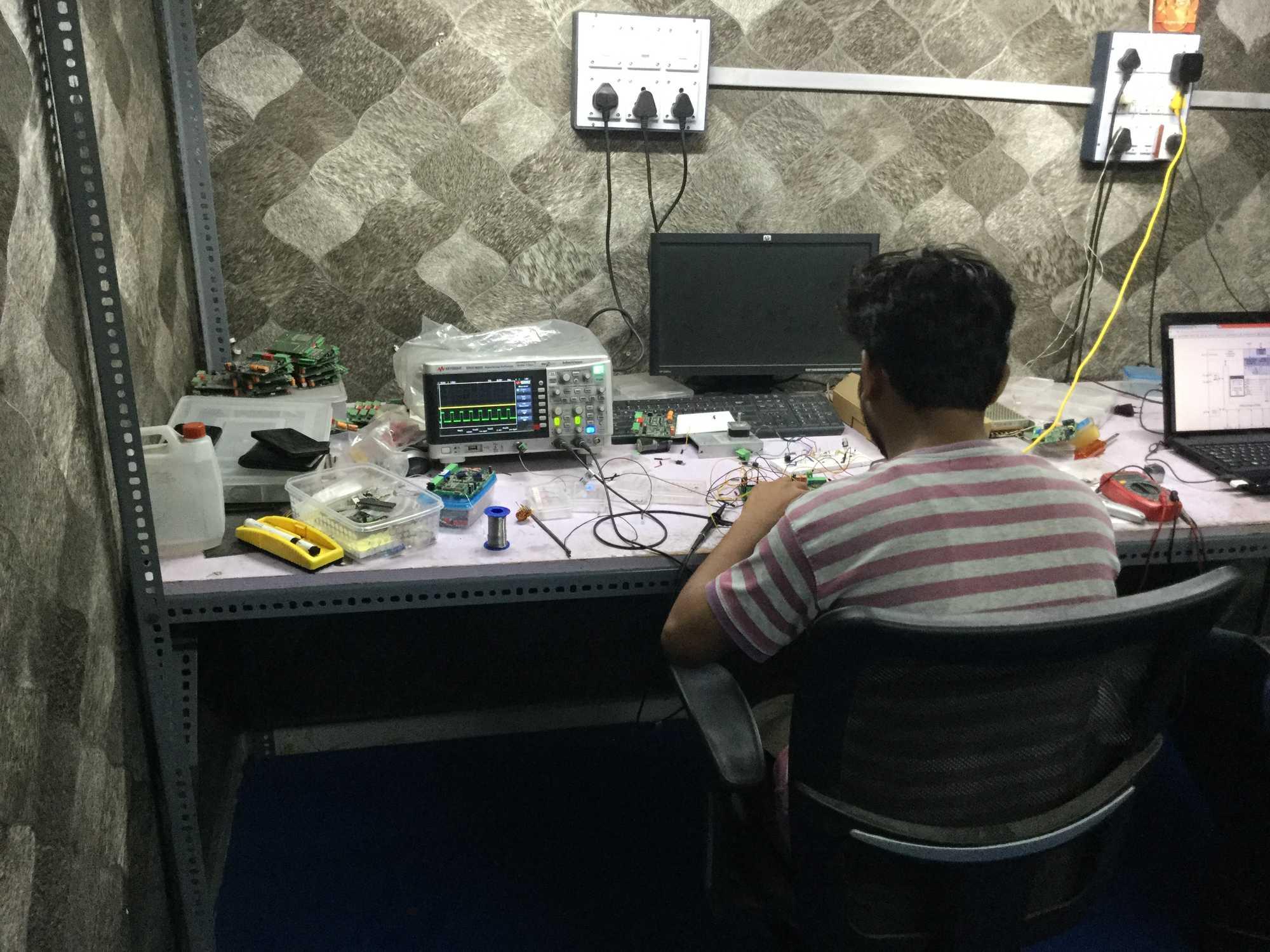 Find Printed Circuit Board Designing Services In Surat Pcb Circuitboardtablejpg
