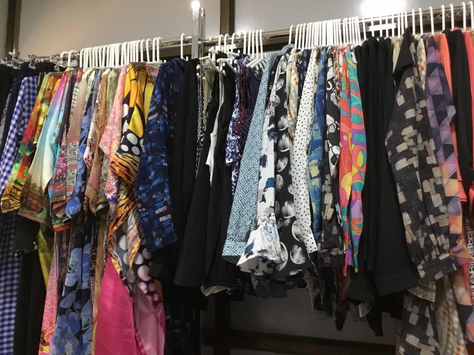 c2b9f03db85802 Top Ladies Readymade Garment Wholesalers in Surat - Best Women ...
