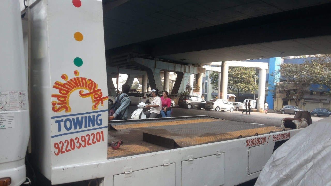 Top Accident Vehicle Towing Services in Thane West - Best Towing