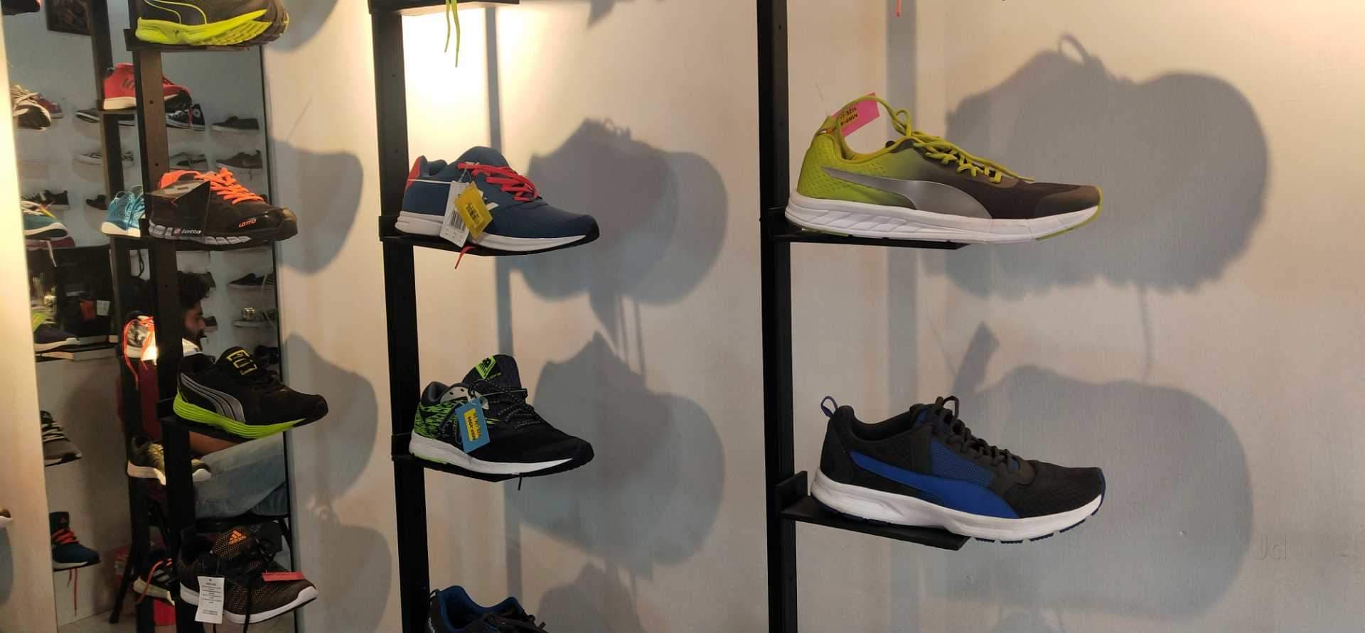 b2372b7c9e1a4f Top 100 Shoe Dealers in Thrissur - Best Footwear Dealers - Justdial