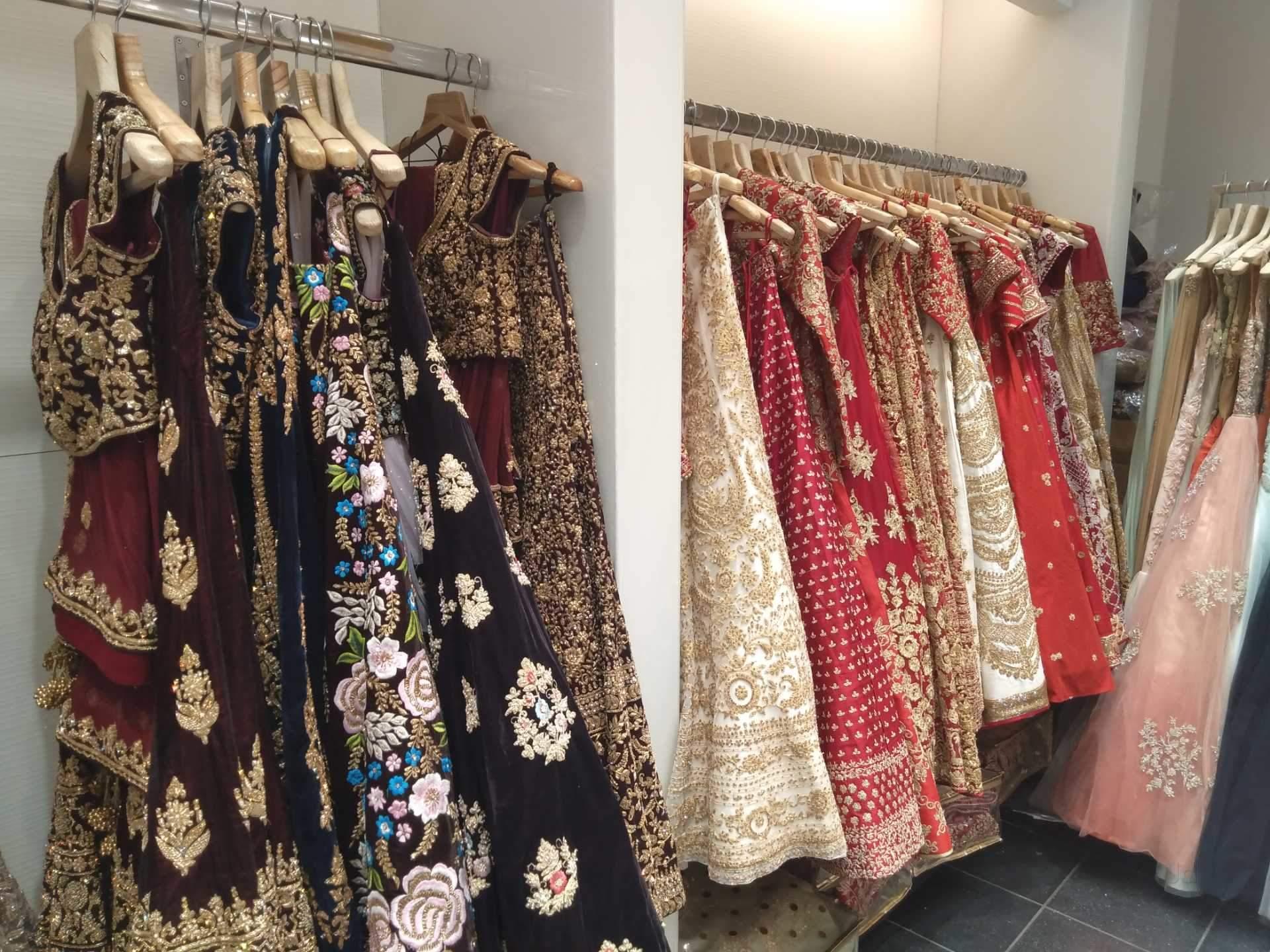 4acc01e74222 Top Bridal Wear Retailers in Vadodara - Best Garment Readymade ...