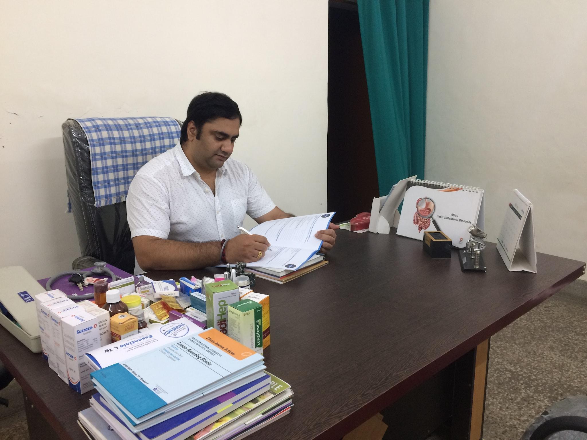 Gastroenterologists in Varanasi - Gastro Doctors - Book Appointment