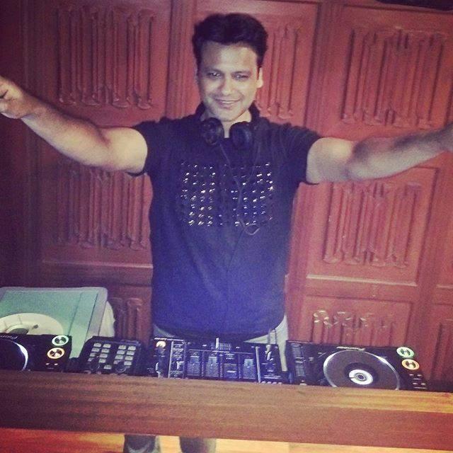 DJ Reme - Djs/Producers - EDM,Bollywood - Entertainment
